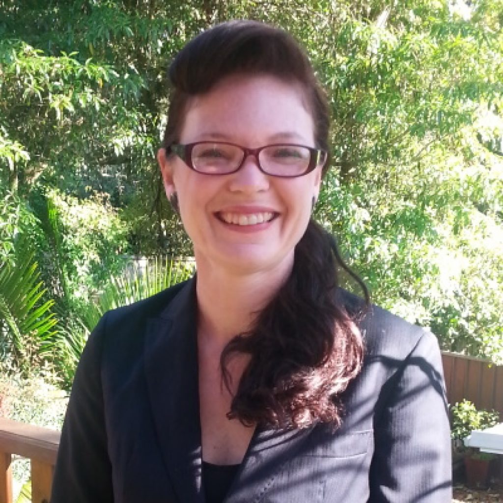 Dr Fiona Mckay